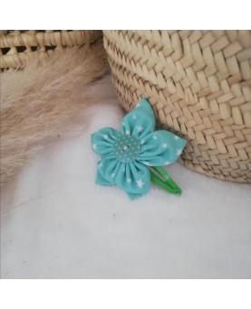 Grosse barrette fleur...